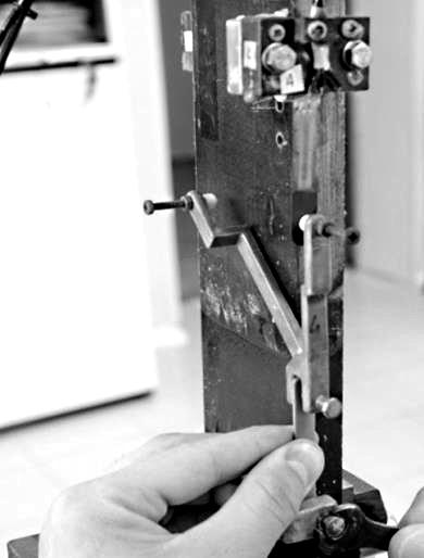Автоматизация процесса тарировки тензодатчиков: http://www.lcard.ru/portfolio/strain_sens_calib